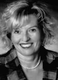 Dieses Foto zeigt eine Schwarz-Weiß-Aufnahme von Frau Lühr.